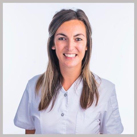 Drs. Juliet de Vries
